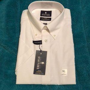 Regular fit short sleeve men's dress shirt